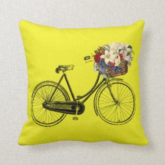 Coussin Carreau léger de fleur de bicyclette de moutarde