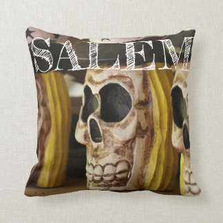 Coussin Carreau occulte de crâne de Salem le Massachusetts