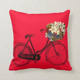 Coussin carreau rouge de fleur de bicyclette