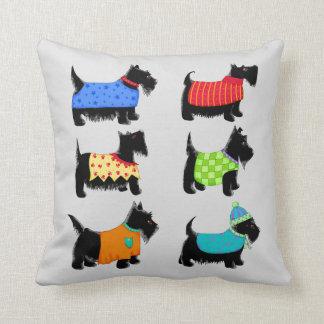 Coussin Chiens noirs de Terrier de Scottie gris ou