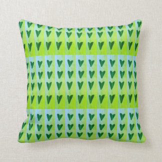 Coussin coeurs verts