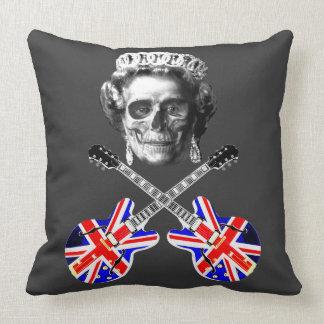 Coussin Crâne britannique grunge frais et os croisés de