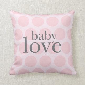 coussin d'amour de bébé
