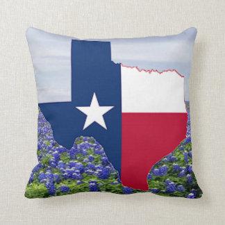 Coussin Drapeau et Bluebonnets de forme du Texas