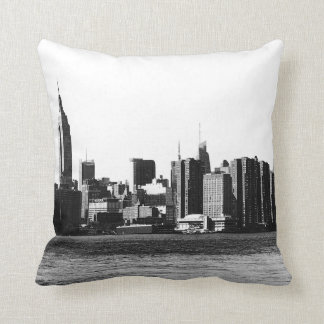 Coussin ESB d'horizon de NYC, vue 001 de l'East River