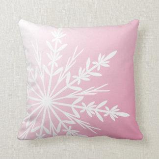 Coussin Flocon de neige blanc sur le rose