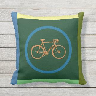 coussin géométrique de bicyclette de couleur