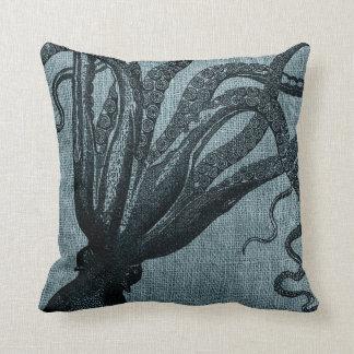 Coussin Gris bleu de noir de tentacules de poulpe