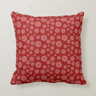 Coussin Hiver rouge mignon de motif de flocons de neige de