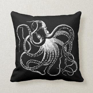 Coussin Illustration vintage noire et blanche de poulpe