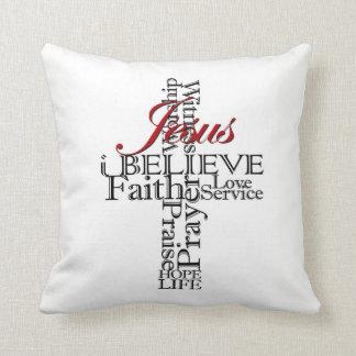 Coussin je crois le carreau chrétien de foi