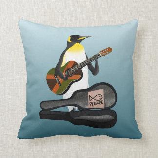 Coussin Jouer de la musique du Roi pingouin