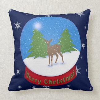 Coussin Joyeux Noël ! globe de neige de cerfs communs de |