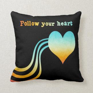 Coussin L'aquarelle en pastel suivent votre coeur