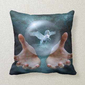Coussin Licorne - boule de cristal