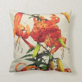 Coussin Lis tigré orange 1 d'aquarelle