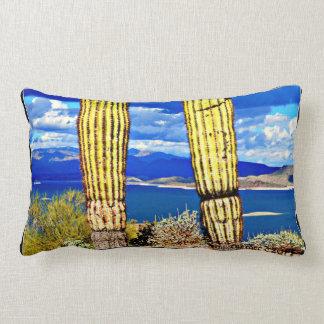 Coussin lombaire de Saguaros agréables de pilier