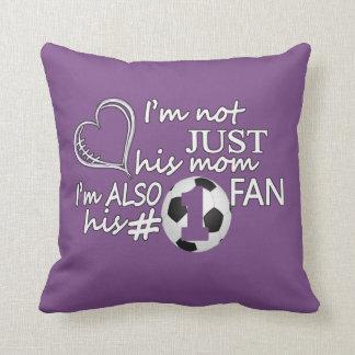 Coussin Maman du football #1
