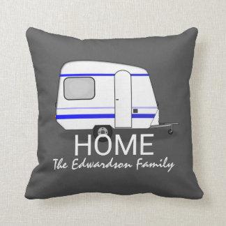 Coussin Monogramme de famille de maison de caravane de