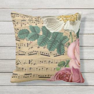 Coussin Musique et fleurs de feuille