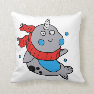 Coussin narwhal mignon