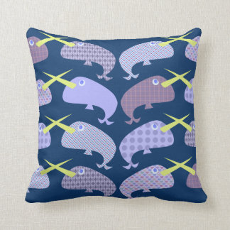 Coussin Narwhals modelé impertinent