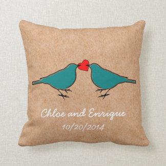 Coussin Oiseaux bleus et mariage de coeur d'amour