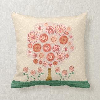 Coussin original d'art d'arbre orange de fleur de