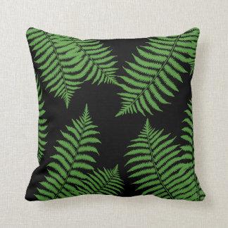 Coussin Palmettes vertes sur l'arrière - plan noir