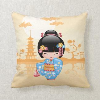 Coussin Poupée de Maiko Kokeshi - fille de geisha