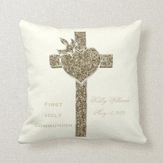 Coussin Première croix de sainte communion avec la colombe