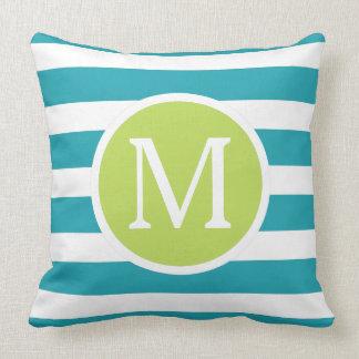 Coussin Rayures de bleu et de blanc d'océan avec le vert