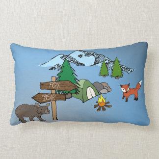 Coussin Rectangle Camper avec M. Bear et M. Fox