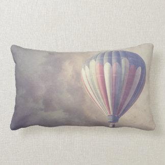 Coussin Rectangle Ciel chaud vintage de tour de ballon à air rétro