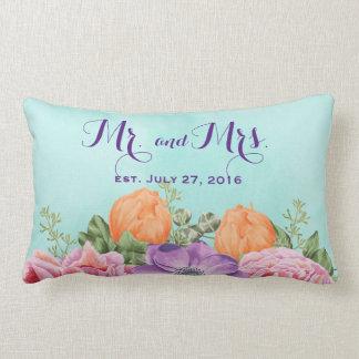 Coussin Rectangle M. et Mme fleurs d'aquarelle de date de mariage