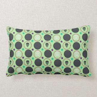 Coussin Rectangle Rétro motif de crâne de vert d'amusement
