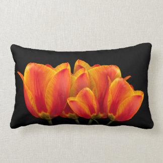 Coussin Rectangle Tulipes - arrière - plan noir