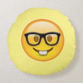 Coussin rond d'Emoji en verre nerd de garçon