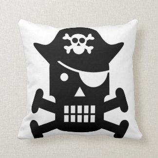 Coussin Silhouette de crâne de robot et de pirate d'os