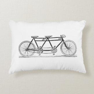 Coussins Décoratifs Bicyclette vintage construite pour deux/vélo