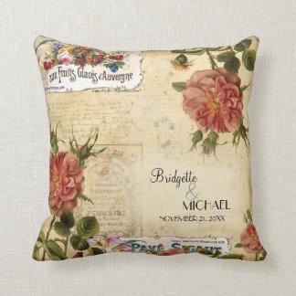 Coutume florale vintage de mariage d'étiquette de coussins carrés