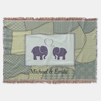 Couverture Éléphants mignons gais dans le patchwork d'amour