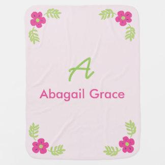 Couverture florale nommée initiale de bébé couvertures pour bébé
