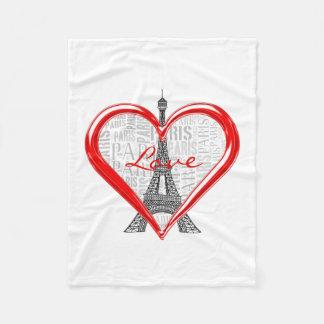 Couverture Polaire Amour Paris de Tour Eiffel   au coeur rouge