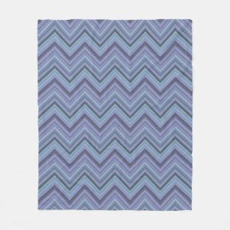 Couverture Polaire rayures Bleu-grises de zigzag