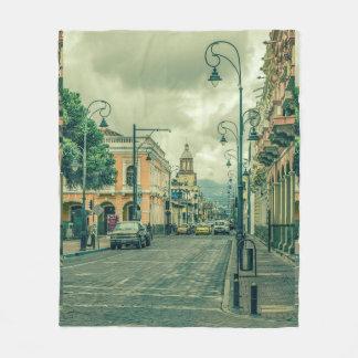 Couverture Polaire Scène urbaine centrale historique de Riobamba