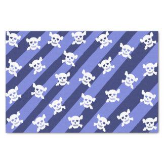 Crâne blanc et os croisés sur les rayures bleues papier mousseline