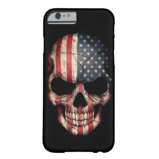 Crâne de drapeau américain sur le noir coque iPhone 6 barely there