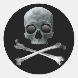 Crâne et os croisés de pirate autocollants