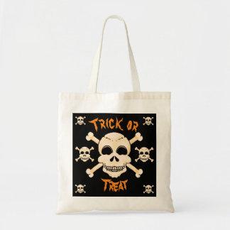 Crâne et sac fourre-tout à Halloween d'os croisés